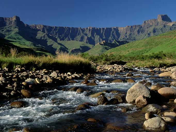 uKhahlamba Drakensberg Park | South African History Online