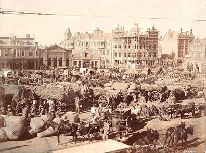 Johannesburg Market Square. Martin Plaut collection   South ...