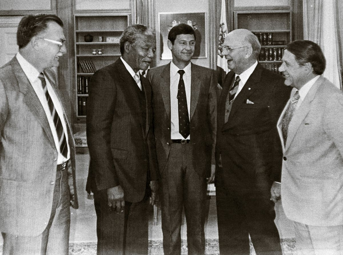 Nelson Mandela Timeline 1980-1989 | South African History Online