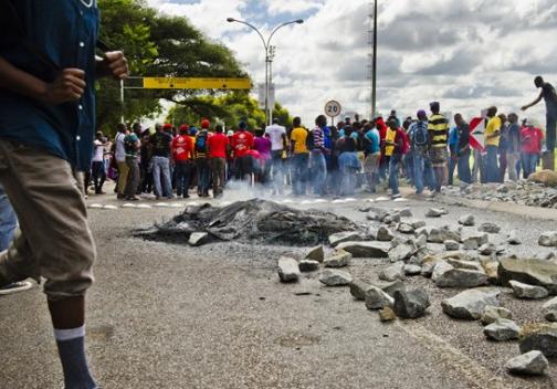 Image result for VIOLENT RIOTS SOUTH AFRICA
