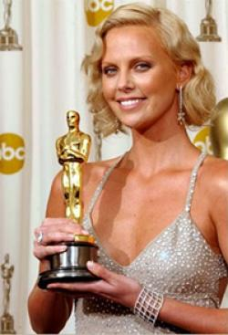 South african born charlize theron wins an oscar for best for Oscar awards winning movies