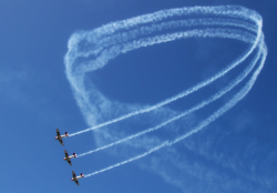 http://www.pilotspost.com/articles/071413KZN%20Virginia%20Airshow,%20the%20cherry%20on%20the%20top/KZN%2018.jpg