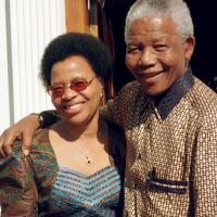 Nelson Mandela marries Graça Machel