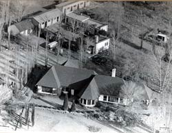 Aerial shot of Liliesleaf Farm showing the main house and out-houses. Source: South African National Archives